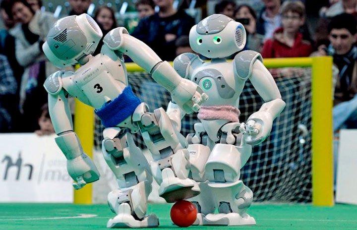 Робот для футбола