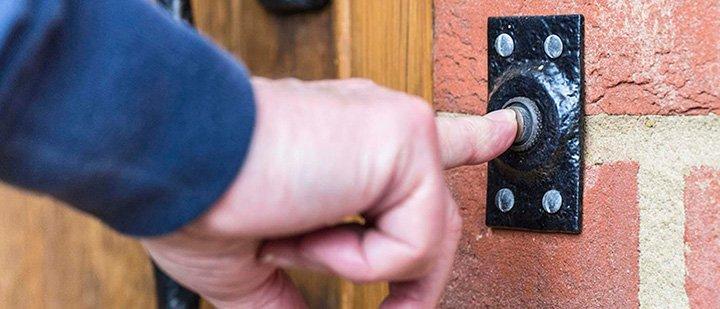 Кнопка дверного звонка