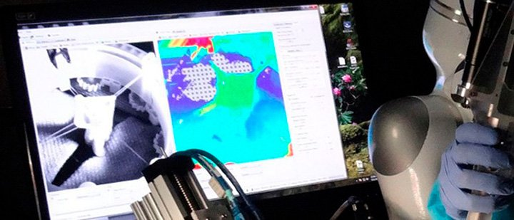 Видеостойка робот хирург да Винчи